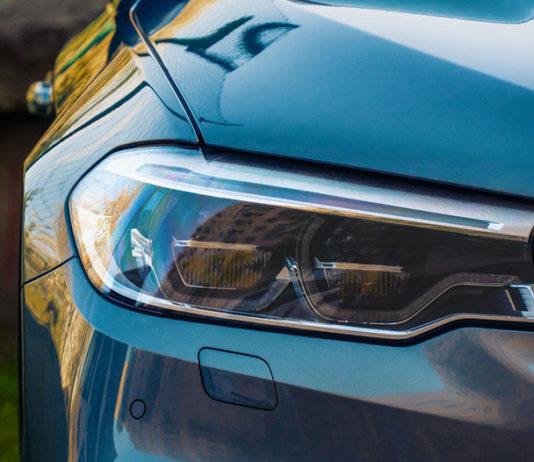 Halogeny – najlepsze oświetlenie dla naszego samochodu